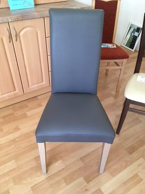 Stolička (98x47x41 cm -v,š,h) - Cena po zľave 52 EUR (1 350 Kč)